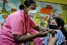India Covid: 72 రోజుల కనిష్టానికి కరోనా కేసులు... పిల్లలపై జోరుగా వ్యాక్సిన్ ట్రయల్స్