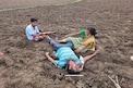 Waranagal :  మిట్ట మధ్యాహ్నమే ముగ్గురిని చంపిన ప్రత్యర్థులు..! భూ తగాదాలే కారణమా..?