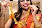 Gold Price Today: మహిళలకు గుడ్ న్యూస్.. భారీగా తగ్గిన బంగారం, వెండి ధరలు.. నేటి రేట్లు ఇవే