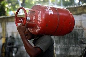 LPG Cylinder: కొత్త గ్యాస్ కనెక్షన్ కావాలా ? ఈ నంబర్కు మిస్డ్ కాల్ ఇస్తే చాలు..