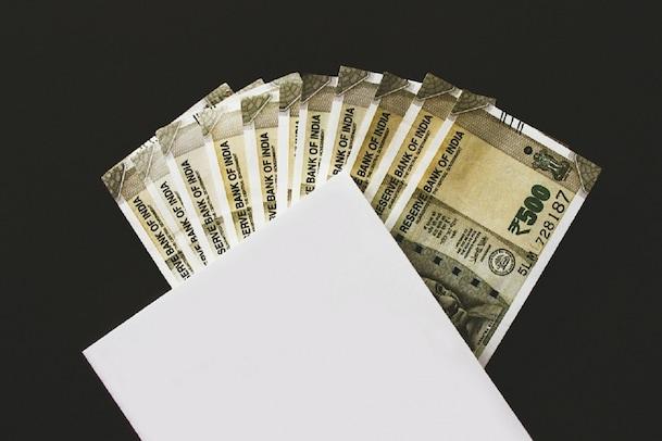 unemployment allowance: నిరుద్యోగులకు ప్రతి నెలా రూ.5వేల భృతి.. సీఎం సంచలన హామీ
