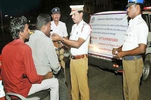 Hyderabad : ట్రాఫిక్ పోలీసులకు షాక్.. ఊదమంటే బ్రీత్ అనలైజర్తో ఉడాయించారు..!