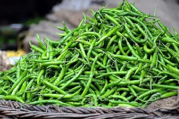 Green Chilli: పచ్చి మిర్చిను దూరం పెడుతున్నారా ?..ఈ ప్రయోజనాలు మిస్ అవుతారు